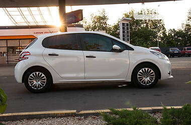 Peugeot 208 2013 в Днепре