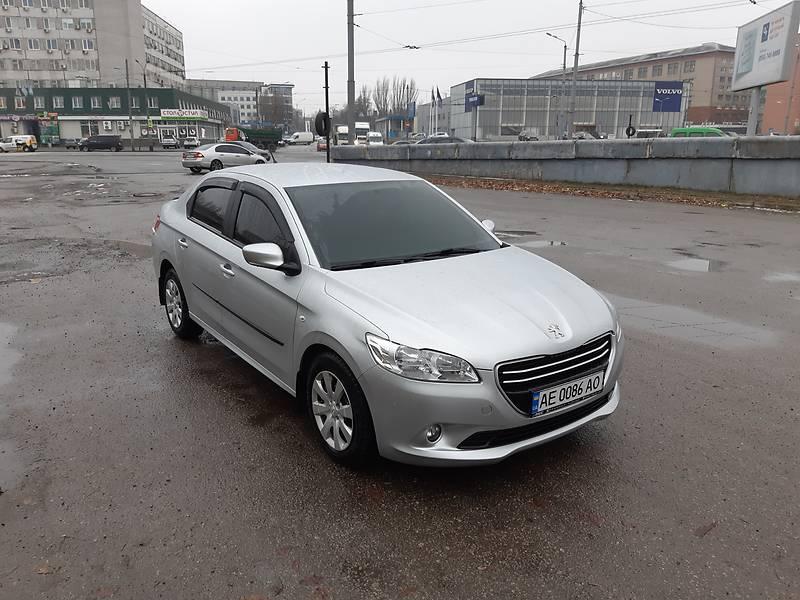 Peugeot 301 1.6