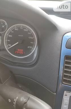 Хэтчбек Peugeot 307 2002 в Новограде-Волынском