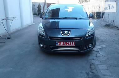 Peugeot 5008 2011 в Львове