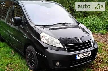 Peugeot Expert пасс. 2015 в Львове