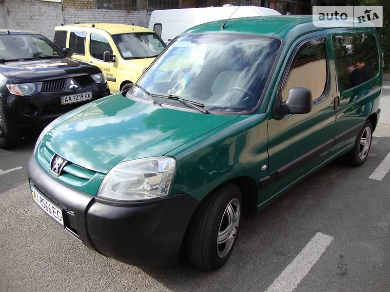 Peugeot Partner пасс. 2007 года в Киеве