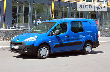 Унiверсал Peugeot Partner пасс. 2011 в Вінниці