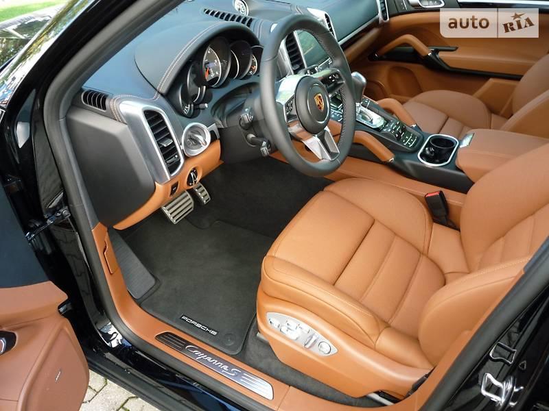 Porsche Cayenne 2018 года в Киеве