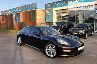 Porsche Panamera 2012 в Чернигове