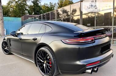 Porsche Panamera 2017 в Киеве
