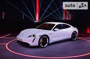 Porsche Taycan 2019 в Киеве