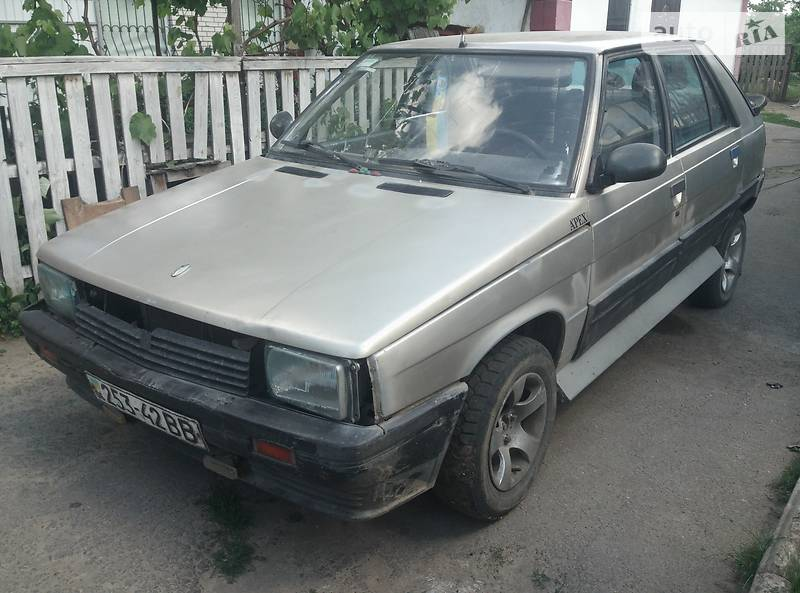 Renault 11 1986 года