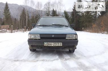 Renault 11 1988 в Славському
