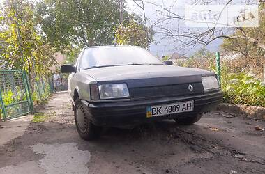 Renault 21 Nevada 1989 в Ровно