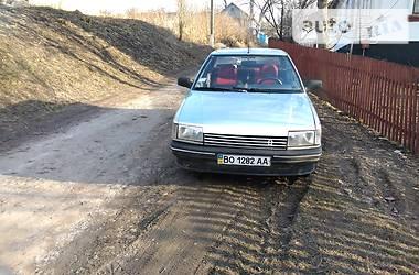 Renault 21 1986 в Лановцах