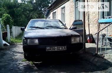 Renault 25  1989
