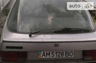 Renault 25 1988 в Новограде-Волынском