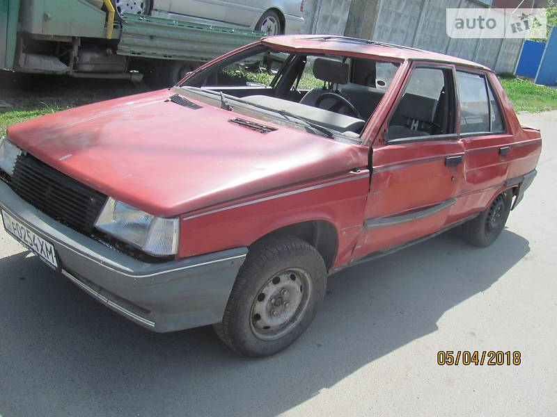 Renault 9 1988 года