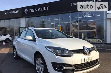 Renault Megane FULL. bez pidkrasiv