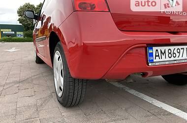 Хэтчбек Renault Twingo 2010 в Житомире