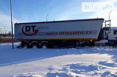 Schmitz Cargobull Gotha 2011 в Луцке