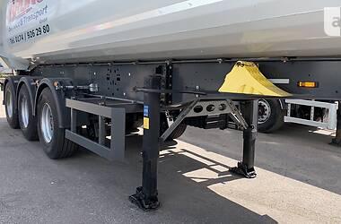 Самосвал полуприцеп Schmitz Cargobull SAF 2015 в Виннице