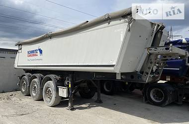 Самосвал полуприцеп Schmitz Cargobull SKI 2012 в Киеве