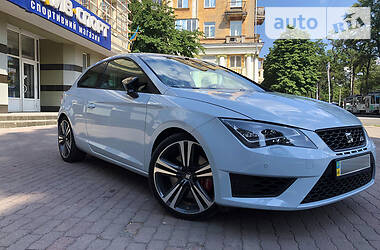 Купе SEAT Leon 2014 в Киеве
