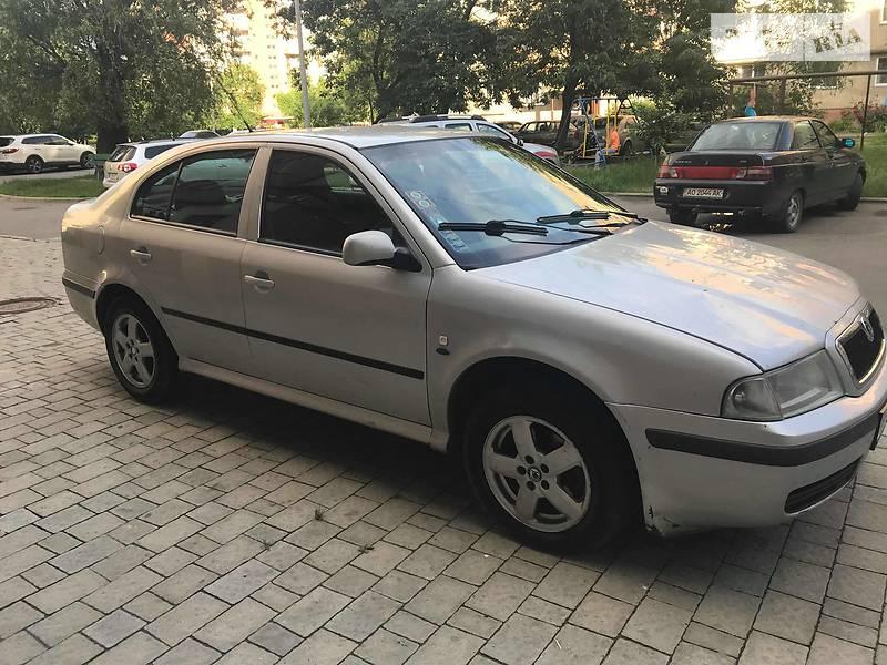 Skoda Octavia 2001 года в Ужгороде