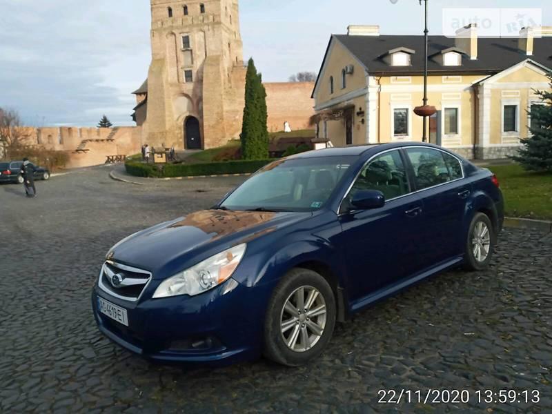 Subaru Legacy 2011 в Луцке