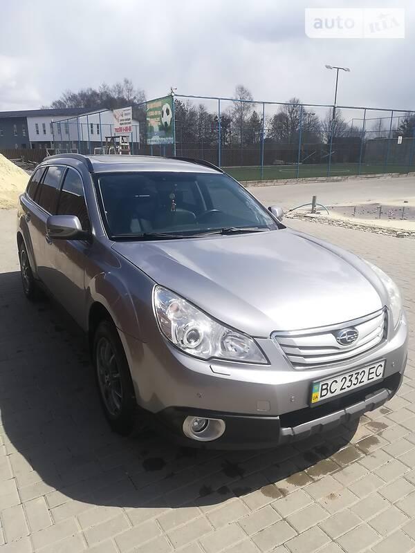 Универсал Subaru Outback 2011 в Львове