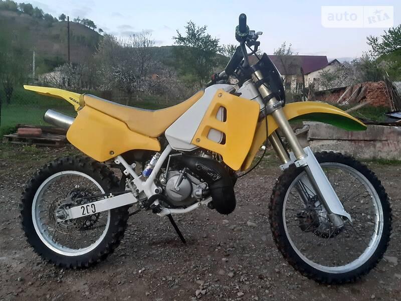 Suzuki TS TS200