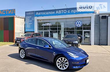 Tesla Model 3 Dual Motor Long Range 2018 в Чернигове