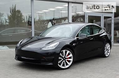 Tesla Model 3 Dual Motor Performance 2018 в Днепре