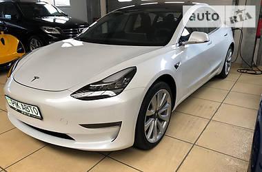 Tesla Model 3 Longe Range 2019 в Киеве