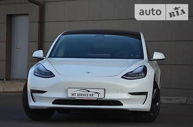 Tesla Model 3 2018 в Кривом Роге
