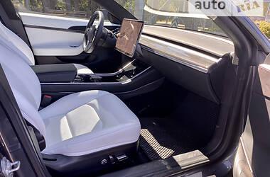 Седан Tesla Model 3 2019 в Виннице