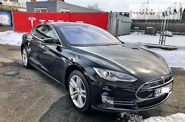 Tesla Model S 60 2013