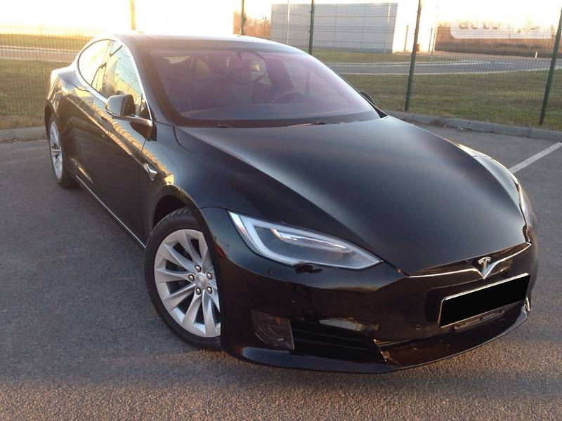 Tesla Model S 2018 в Виннице