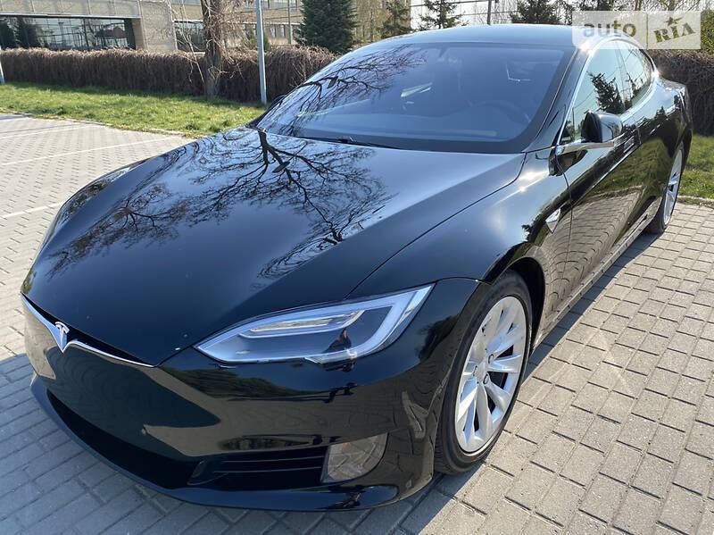 Tesla Model S 2017 в Дніпрі