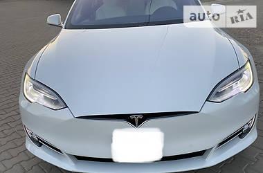 Tesla Model S 2017 в Черновцах