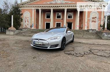 Tesla Model S 2013 в Одесі