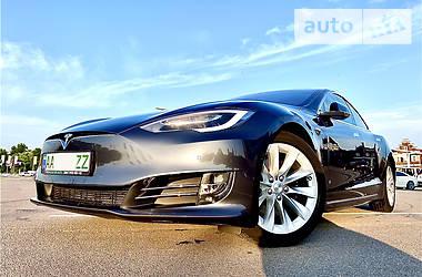 Ліфтбек Tesla Model S 2018 в Києві