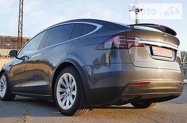 Tesla Model X 2018 в Херсоне