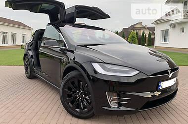 Внедорожник / Кроссовер Tesla Model X 2018 в Киеве