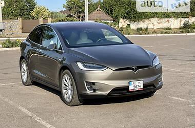 Позашляховик / Кросовер Tesla Model X 2016 в Кривому Розі