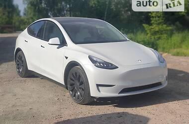 Унiверсал Tesla Model Y 2020 в Києві