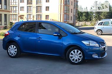 Toyota Auris 2011 в Ровно