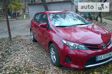 Toyota Auris 2013 в Александрие