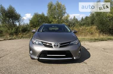 Toyota Auris 2015 в Ивано-Франковске