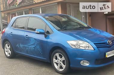 Toyota Auris 2011 в Киеве