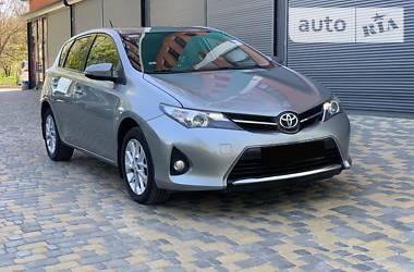 Toyota Auris 2013 в Чернигове