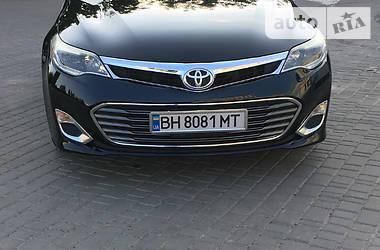 Седан Toyota Avalon 2015 в Одесі