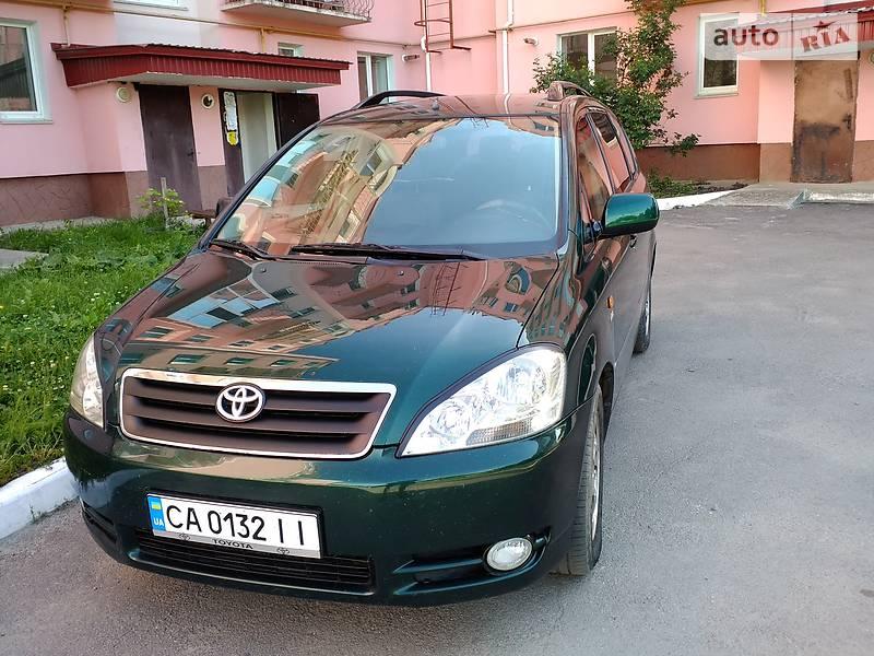 Toyota Avensis Verso 2003 в Монастирищеві